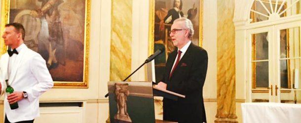 Younous Omarjee à l'Assemblée générale du Conseil national des barreaux de France